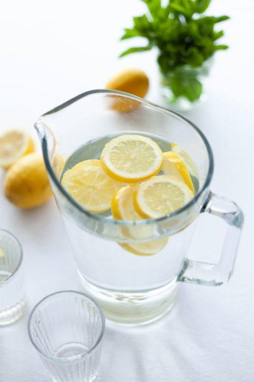 Apa cu lamaie pentru ficat gras